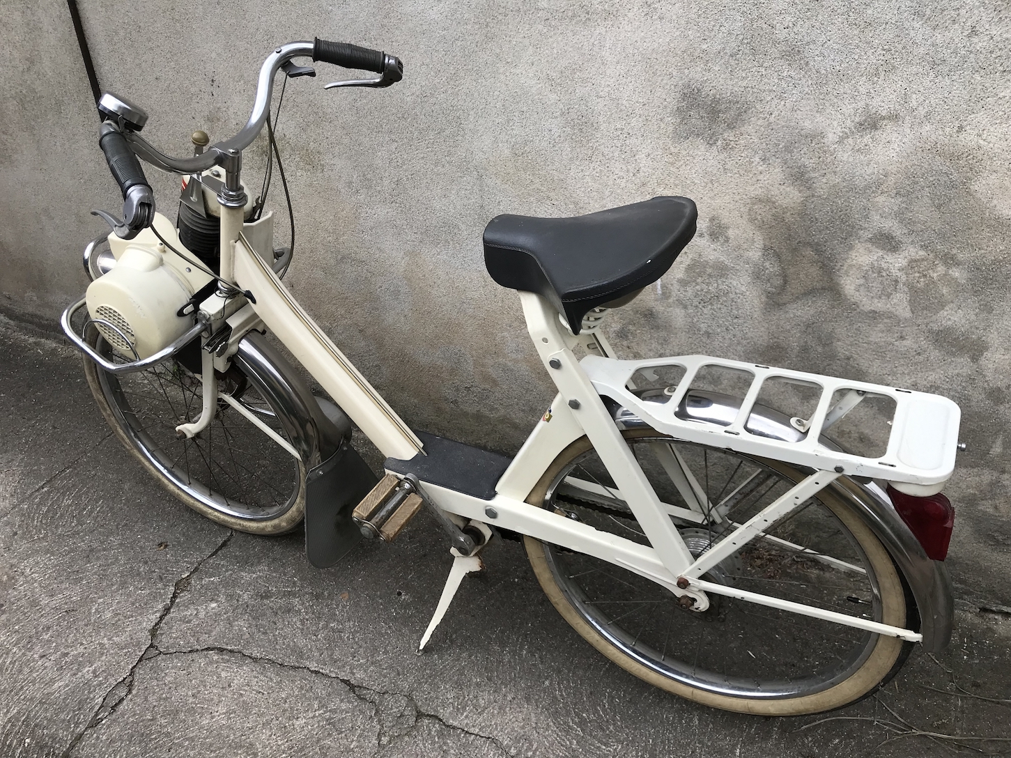 VELOSOLEX 3800 SUPERLUXE BLANC VELOCYCLO 4